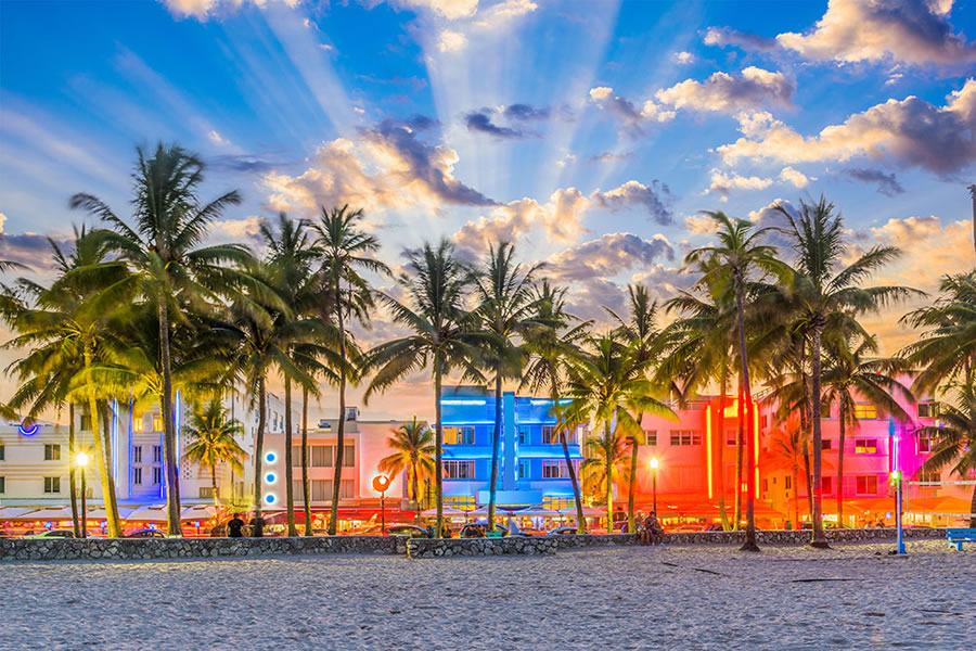 Holiday with Pride - Specialist in LGBT Holidays to Miami Beach